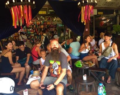 Bar musical no mercado de Chatuchak.