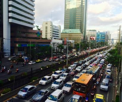 Atascos de infarto en Bangkok.