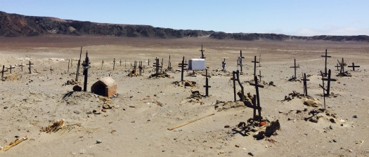 Cemiterio novo no camiño a Cahuachi