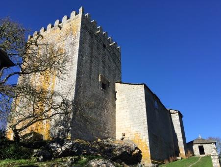 Museo de Lugo na Torre de Xiá ou Fortaleza de San Paio de Narla