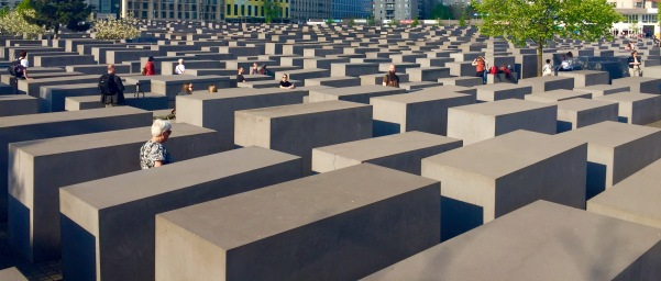 Monumento en Memoria dos Xudeus Asasinados en Europa