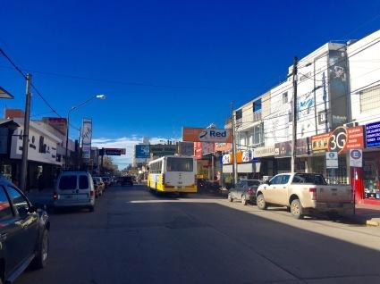 Principal rúa comercial en Neuquén