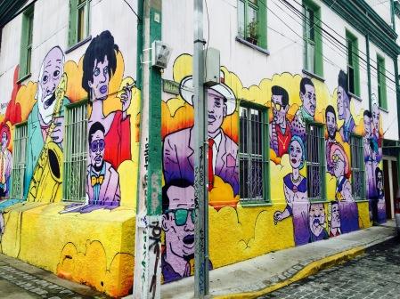 Un dos numerosos murais en Cerro Concepción
