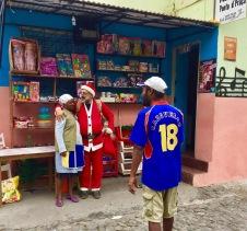 Papa Noel na localidade de Paul da Illa de Santo Antão (Cabo Verde)