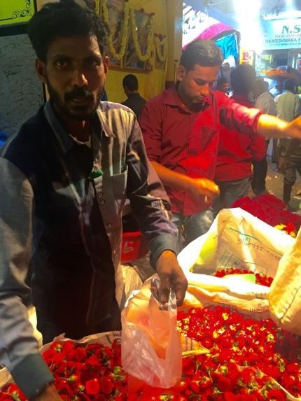 Mercado das Flores en Bengaluru (India)